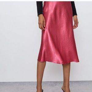 Aritzia Babaton Fuschia Slip Skirt Size 8